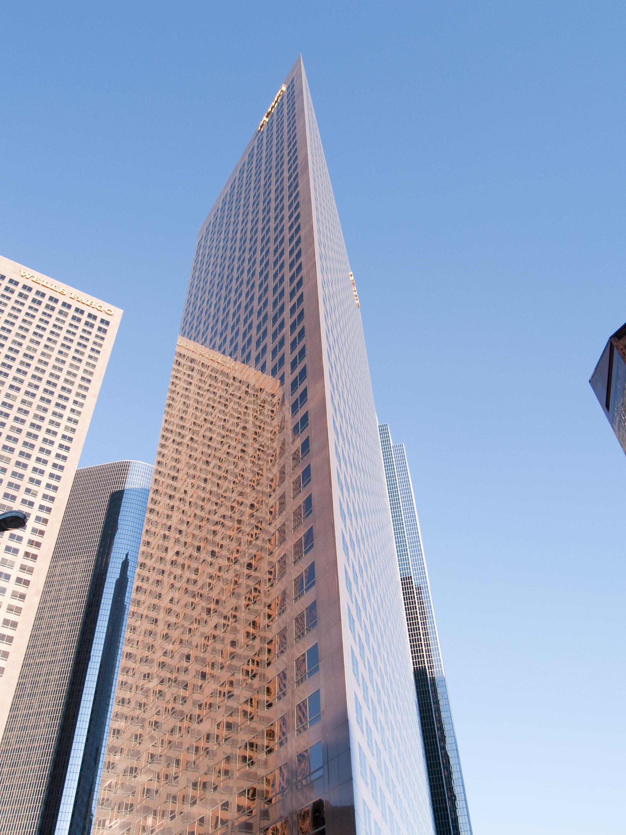 Archikey.com | Buildings | KPMG Tower